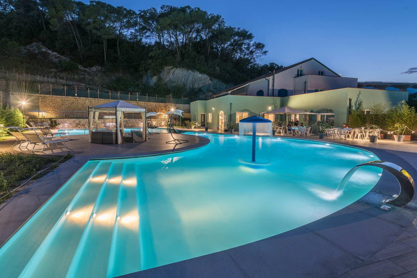 piscina del camping finale freeride